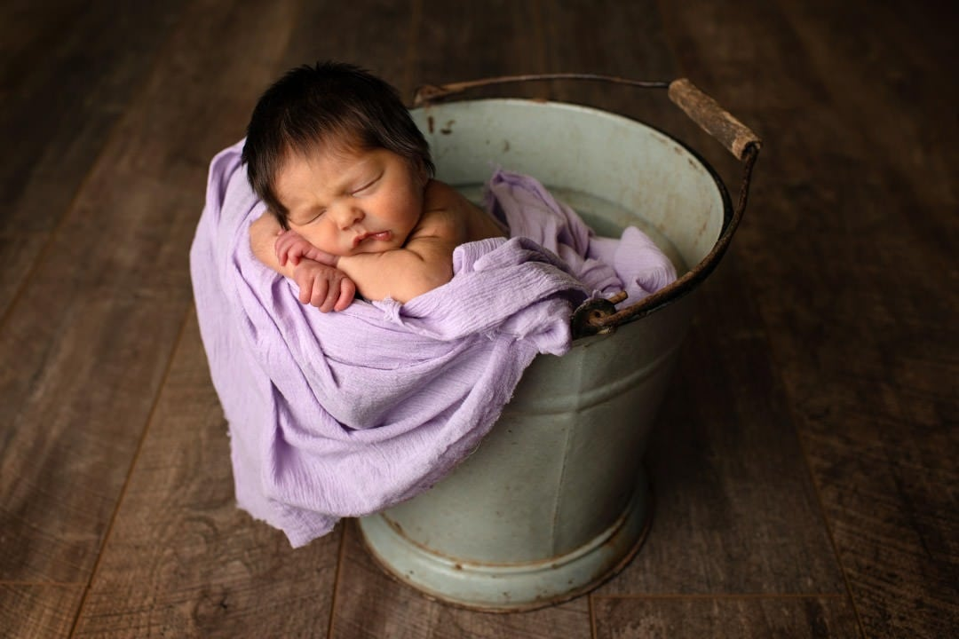 newborn-baby-girl-bucket-studio-photoshoot-leeds