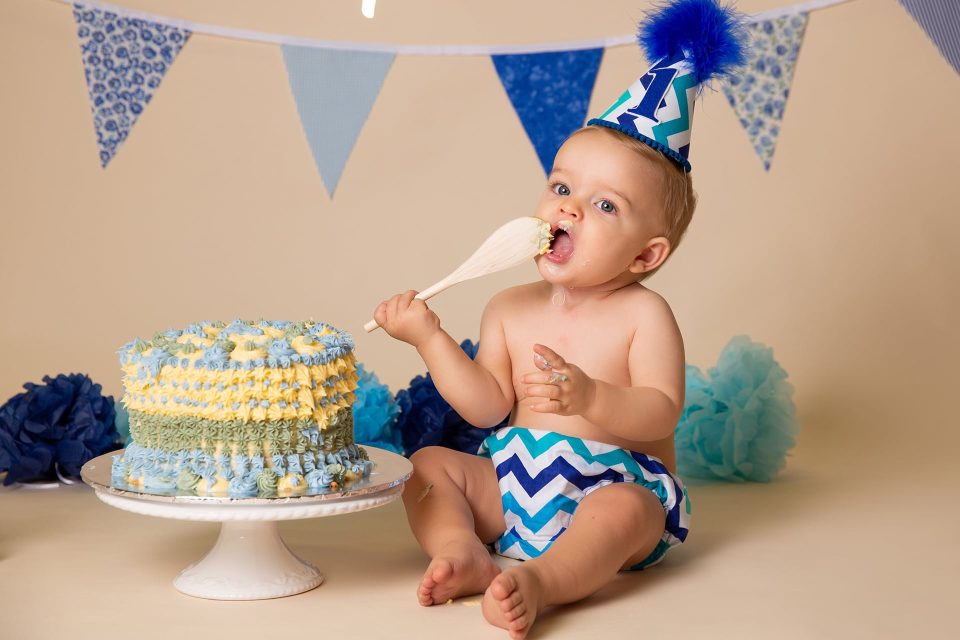 baby-boy-cake-smash-photography-leeds