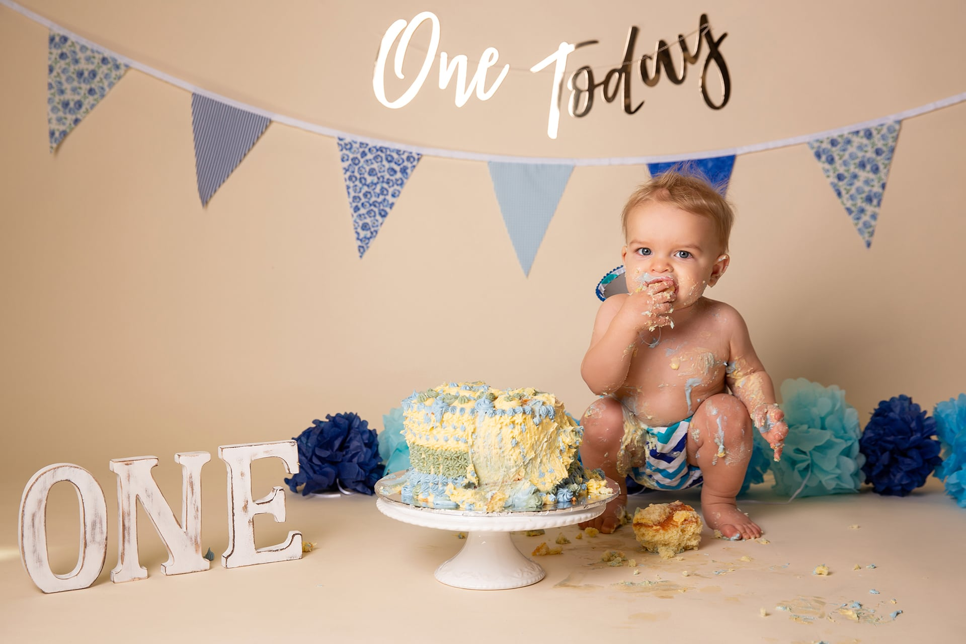 cake-smash-one-blue-birthday