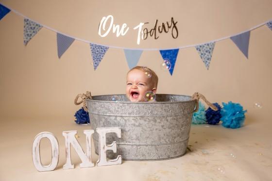 baby-bath-smiles-cake