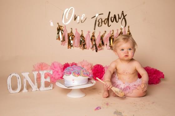 one-today-pink-cake-smash-leeds