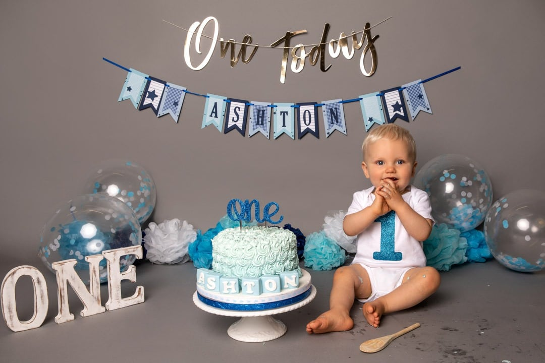 boy-first-birthday-cake-smash