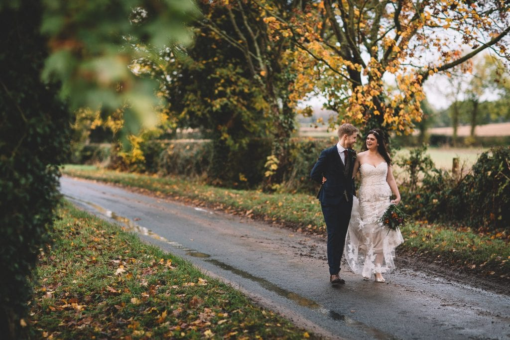 the-normans-autumn-wedding-couple-lane
