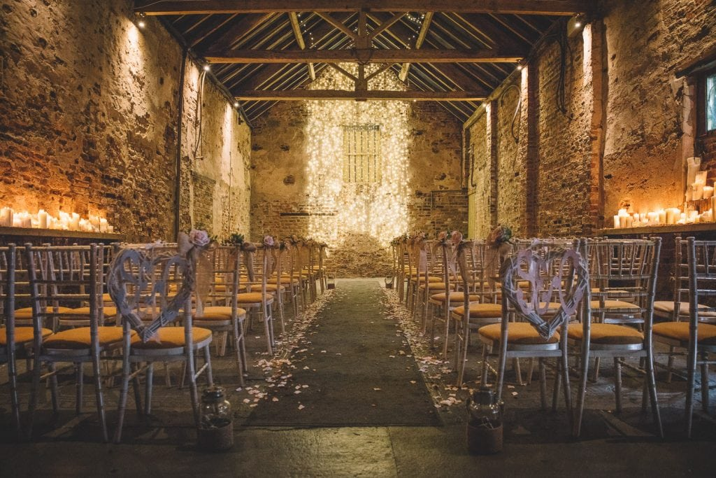 the-normans-wedding-ceremony-barn