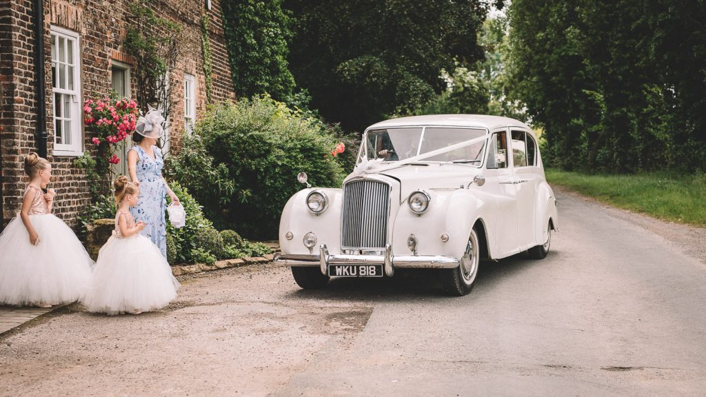 vintage-wedding-car-the-normans-wedding-york